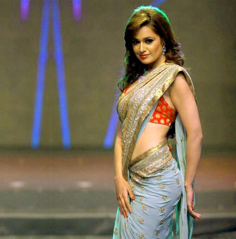 Bollywood Actress images Wallpaper Photo Pics HD Download