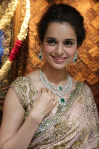 Kangana Ranaut Wallpaper Pictures Pics Photo Download