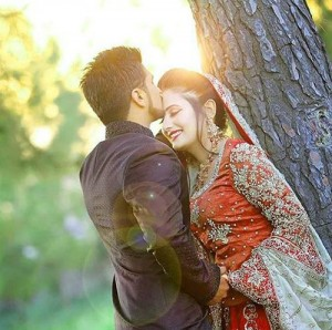 Sweet Cute Romantic Love Couple Pictures Wallpaper Photo Download