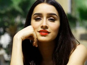 Shraddha kapoor Images Wallpaper Photo Pics Downoad