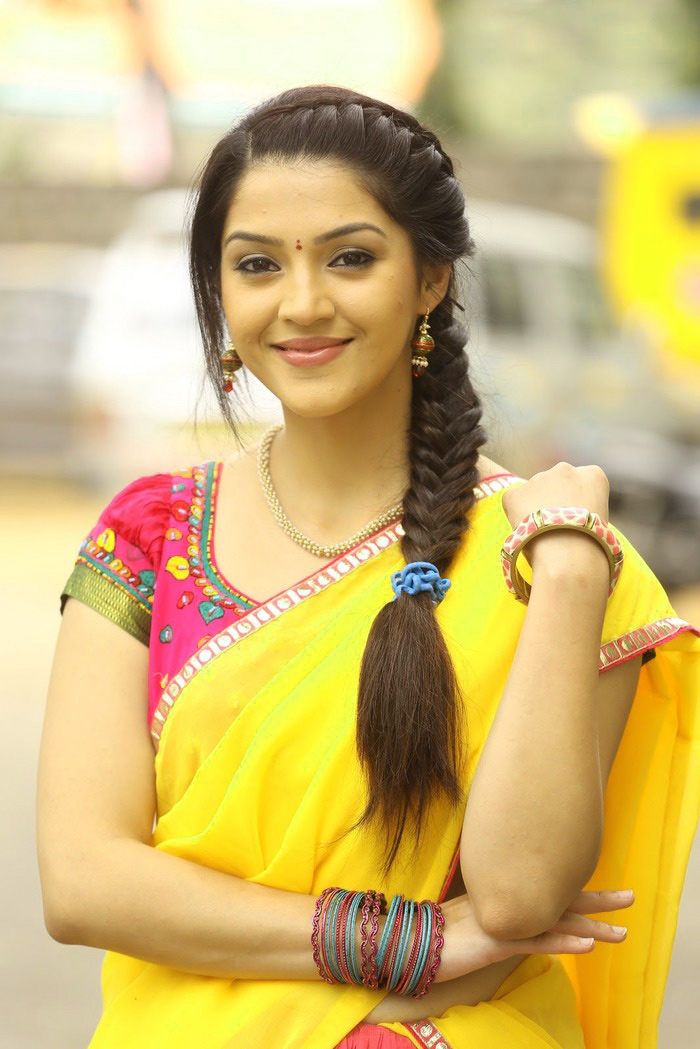 South Actress Wallpaper Pictures Images HD