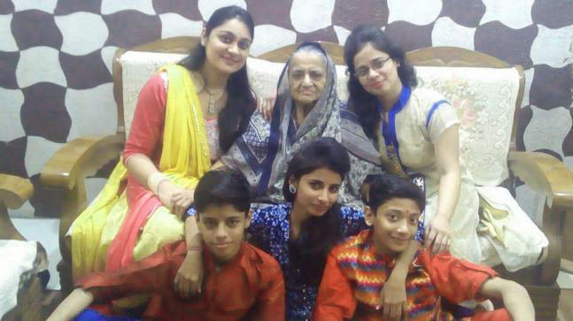 Family group images Pics for whatsapp dp Images Wallpaper Pics Photo Download