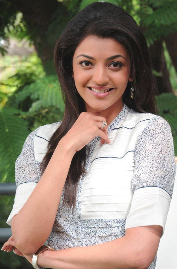 Kajal Agarwal images Wallpaper Pictures Photo Pics Free HD Download