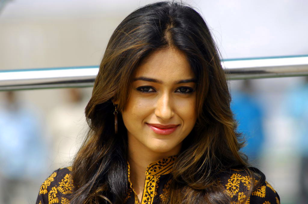 Ileana D'Cruz images Wallpaper Pics Download for Whatsapp