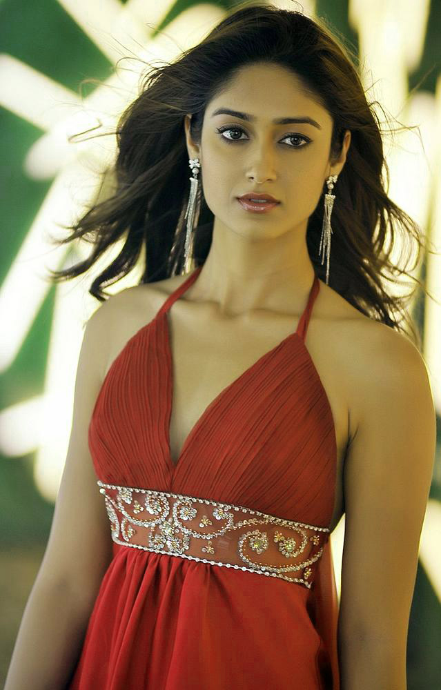ILEANA D'CRUZ IMAGES WALLPAPER PIC FREE DOWNLOAD