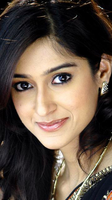 ILEANA D'CRUZ IMAGES PICS PHOTO FREE DOWNLOAD