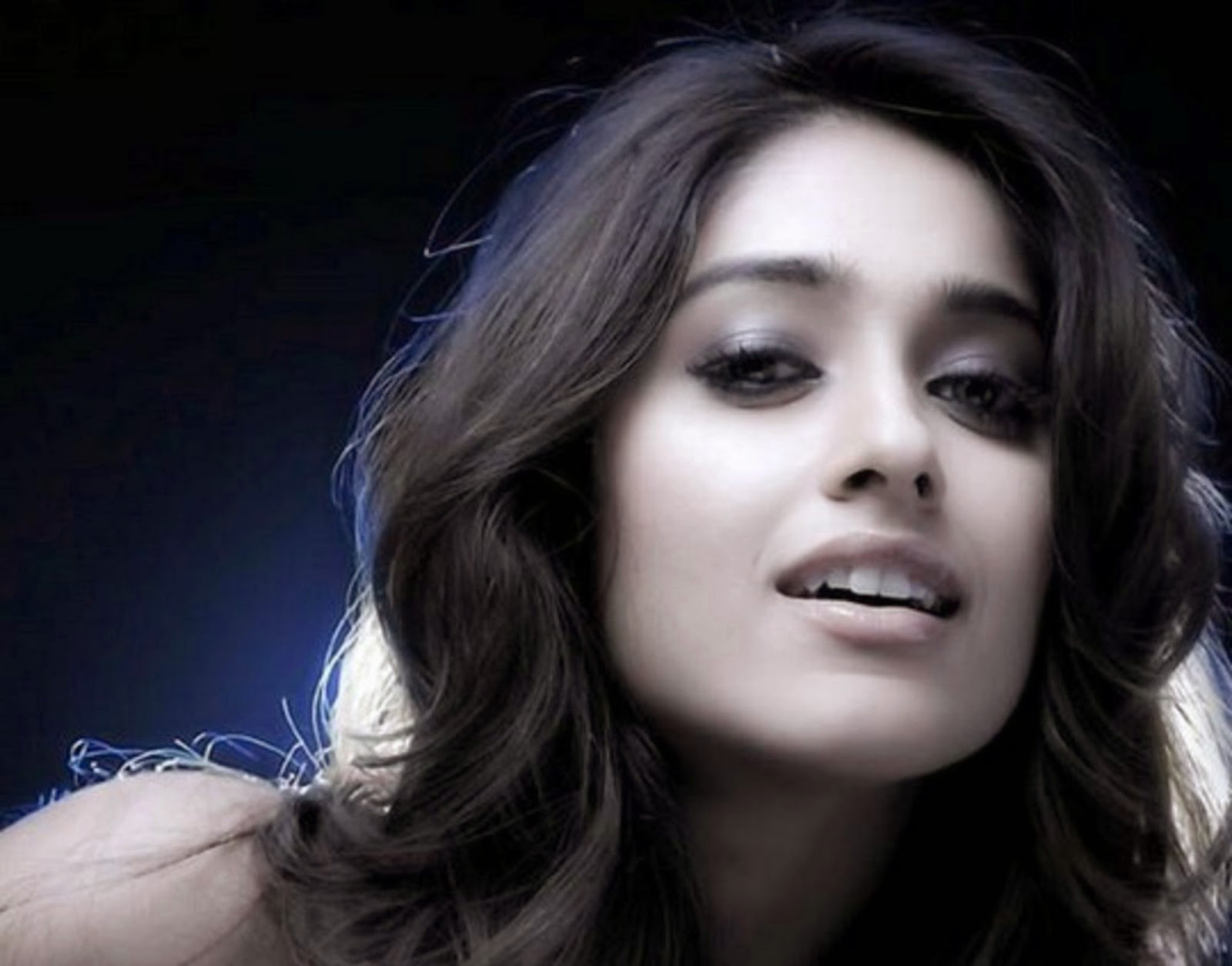 ILEANA D'CRUZ IMAGES WALPAPER PICS FOR WHATSAPP