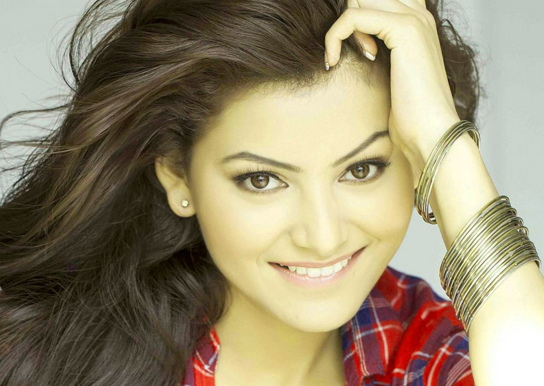 BOLLYWOOD ACTRESS PICS WALLPAPER PICTURES DOWNLOAD