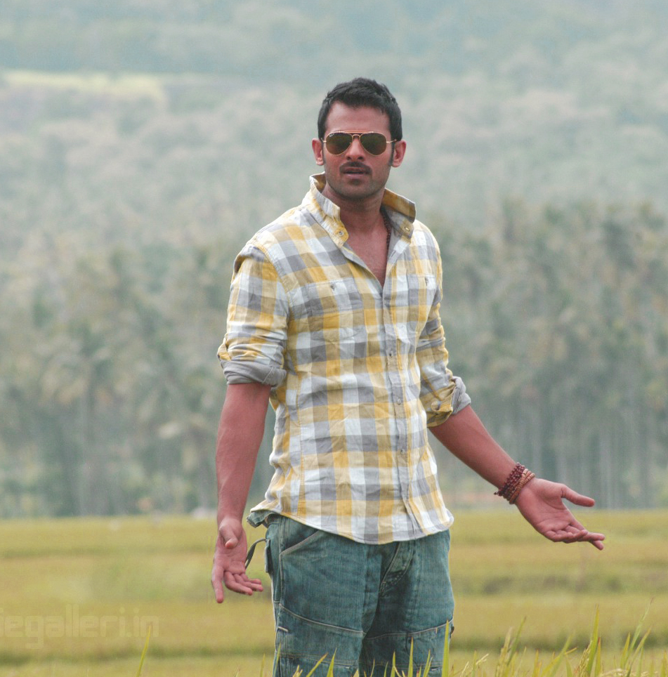 ACTION HERO PRABHAS IMAGES PHOTO WALLPAPER FOR FACEBOOK