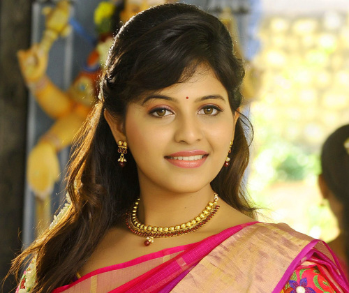BEAUTIFUL HEROINE / ACTRESS IMAGES PICS WALLPAPER PHOTO DOWNLOAD