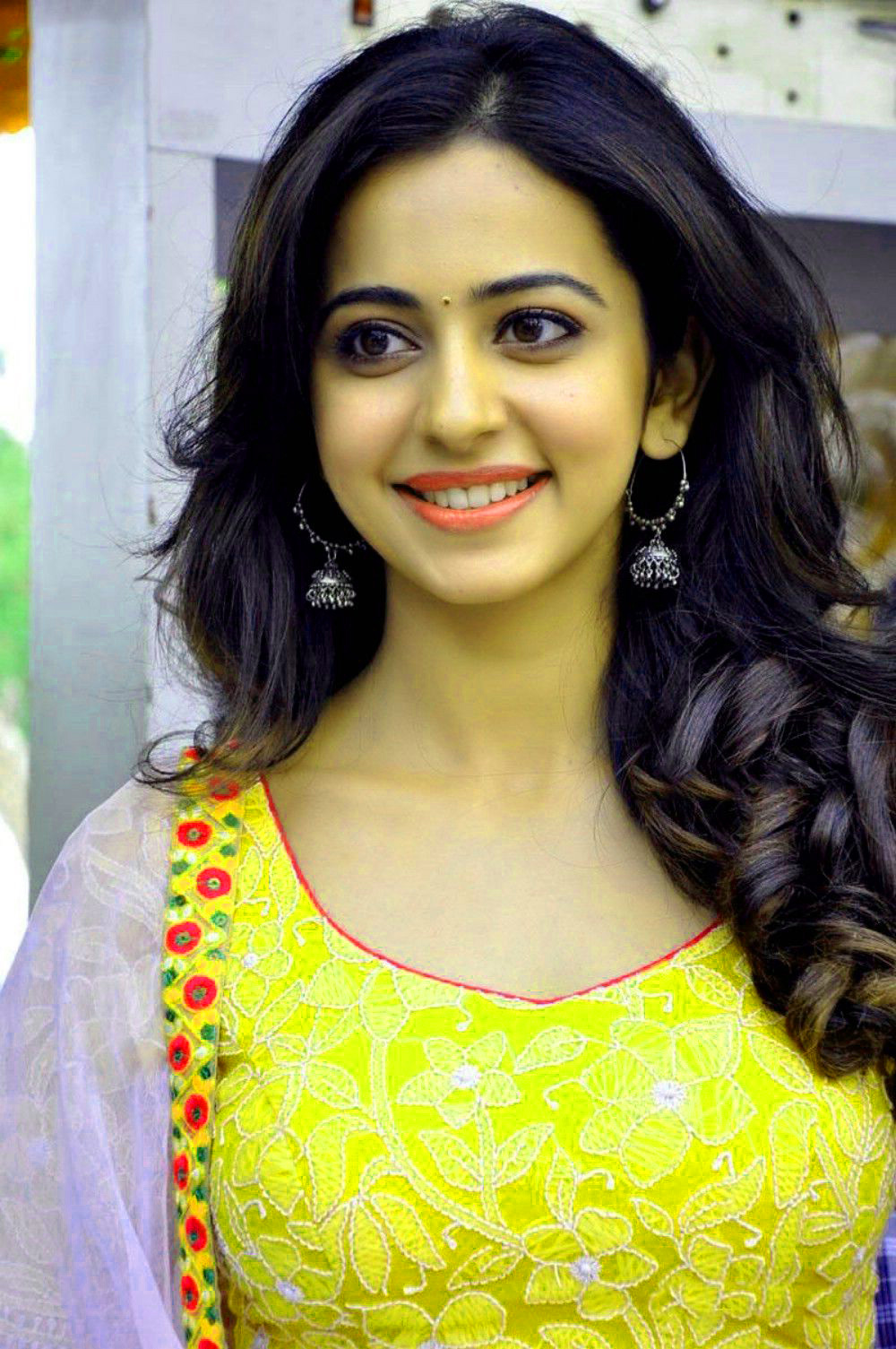 BEAUTIFUL HEROINE / ACTRESS IMAGES PICS WALLPAPER FREE FOR FACEBOOK