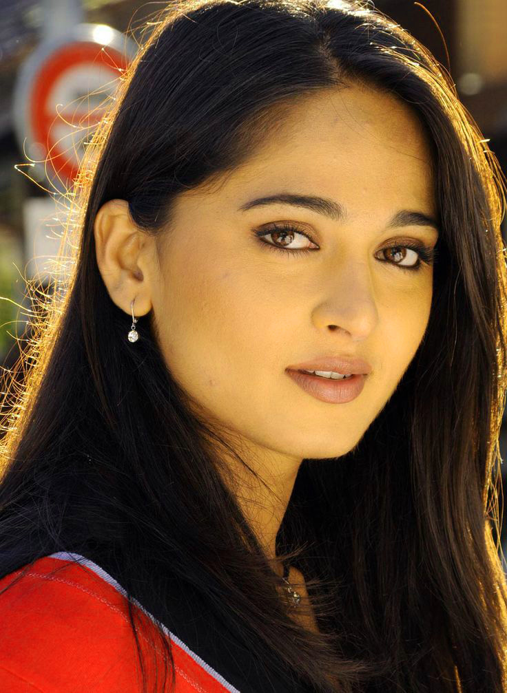 BEAUTIFUL HEROINE / ACTRESS IMAGES PICS PHOTO DOWNLOAD