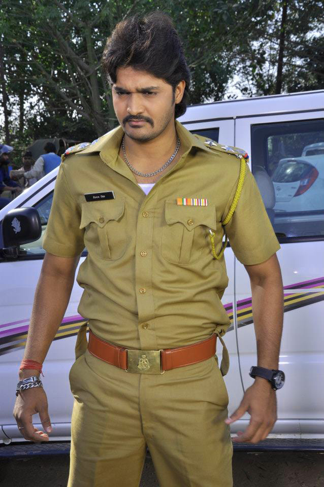 BHOJPURI ACTION HERO IMAGES PICS FOR FACEBOOK