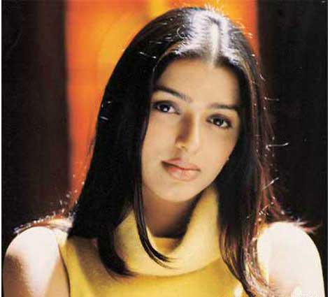 BHUMIKA CHAWLA IMAGES PHOTO WALLPAPER FOR FACEBOOK