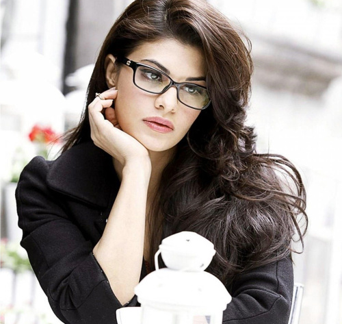 Jacqueline Fernandez Images Photo Wallpaper Download