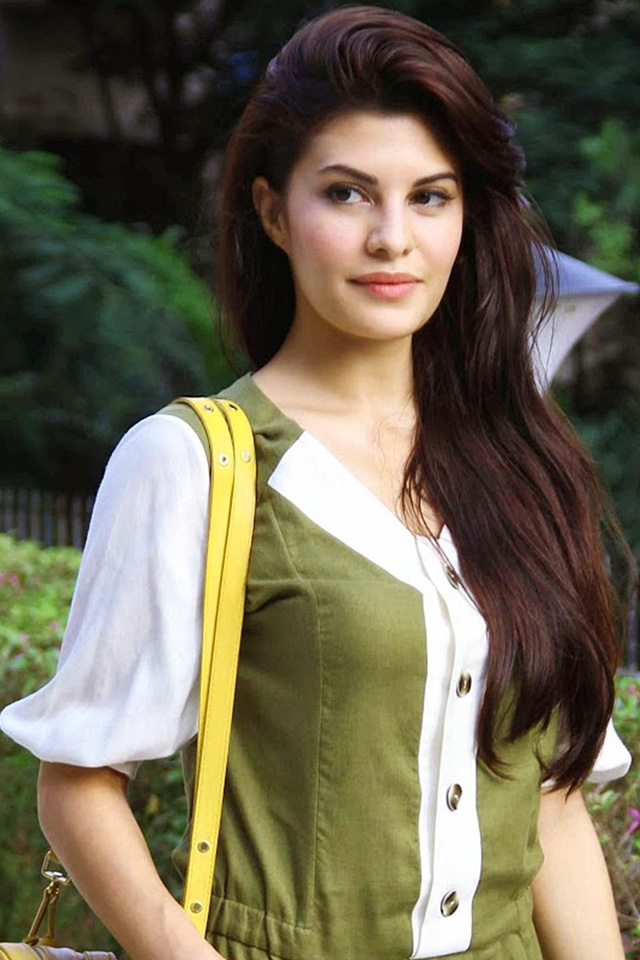 JACQUELINE FERNANDEZ IMAGES PHOTO FOR DP