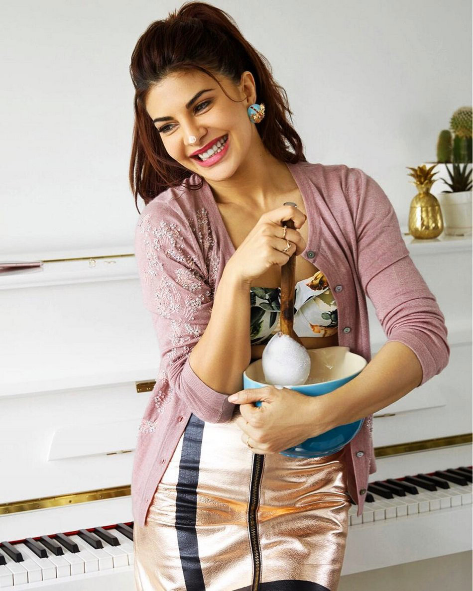 JACQUELINE FERNANDEZ IMAGES PHOTO PIC FREE DOWNLOAD