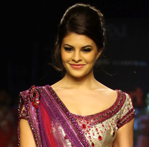 JACQUELINE FERNANDEZ IMAGES WALLPAPER PICS FOR WHATSAPP