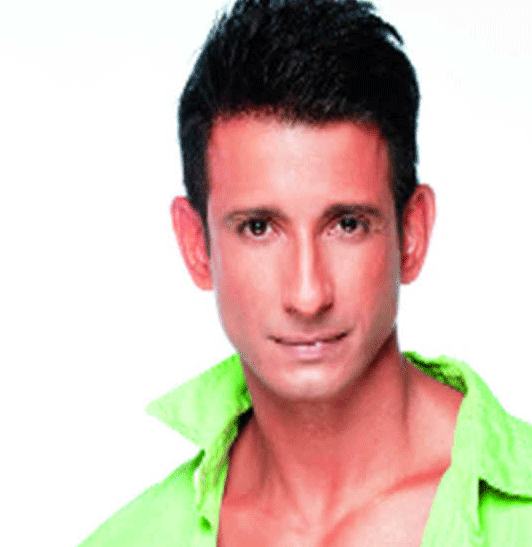 SHARMAN JOSHI IMAGES PICTURES PICS DOWNLOAD