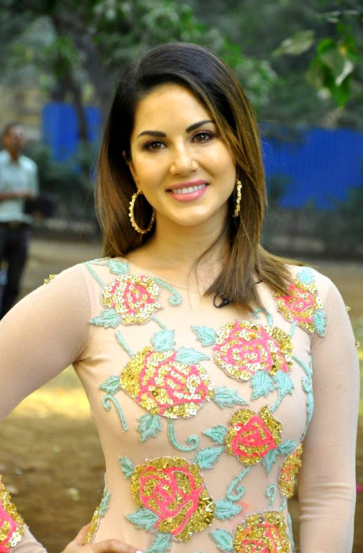 SUNNY LEONE IMAGES WALLPAPER PHOTO FOR WHATSAPP