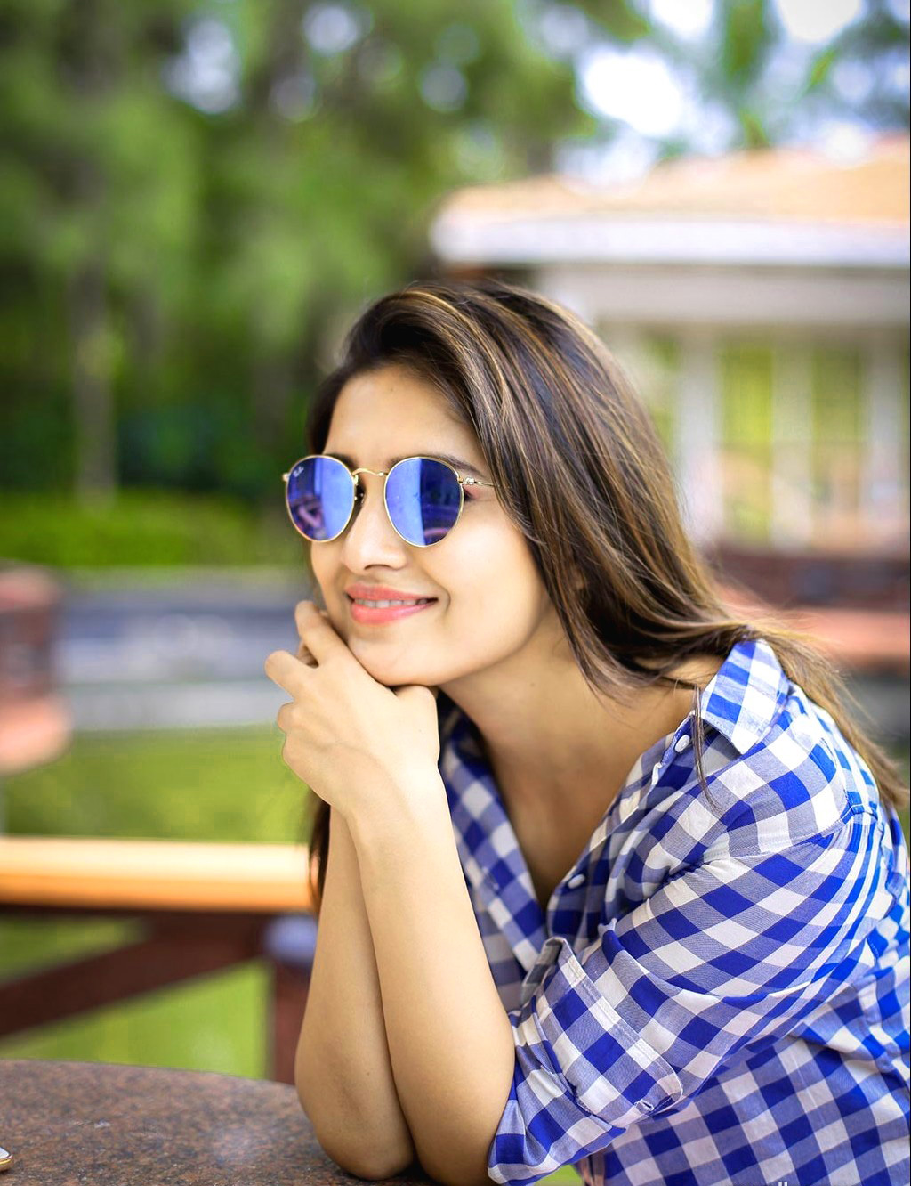 TV ACTRESS IMAGES PICS PICTURES HD DOWNLOAD