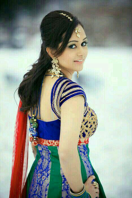 DP FOR WHATSAPP GIRLS IMAGES WALLPAPER PHOTO FREE DOWNLOAD