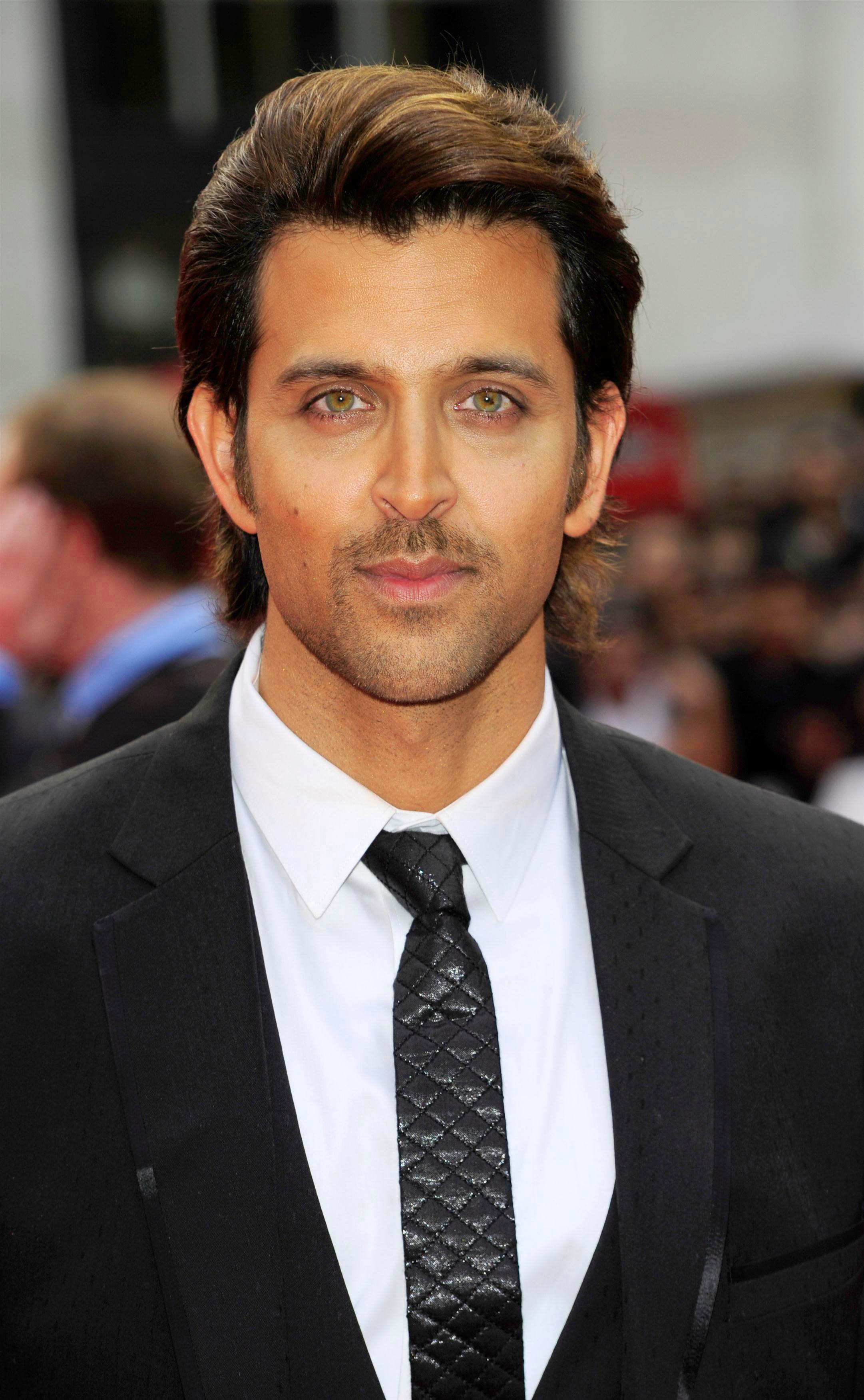 HRITHIK ROSHAN PHOTO WALLPAPER FOR WHATSAPP