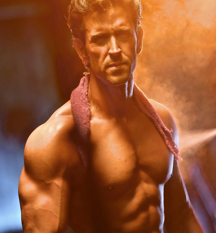 HRITHIK ROSHAN WALLPAPER FREE DOWNLOAD