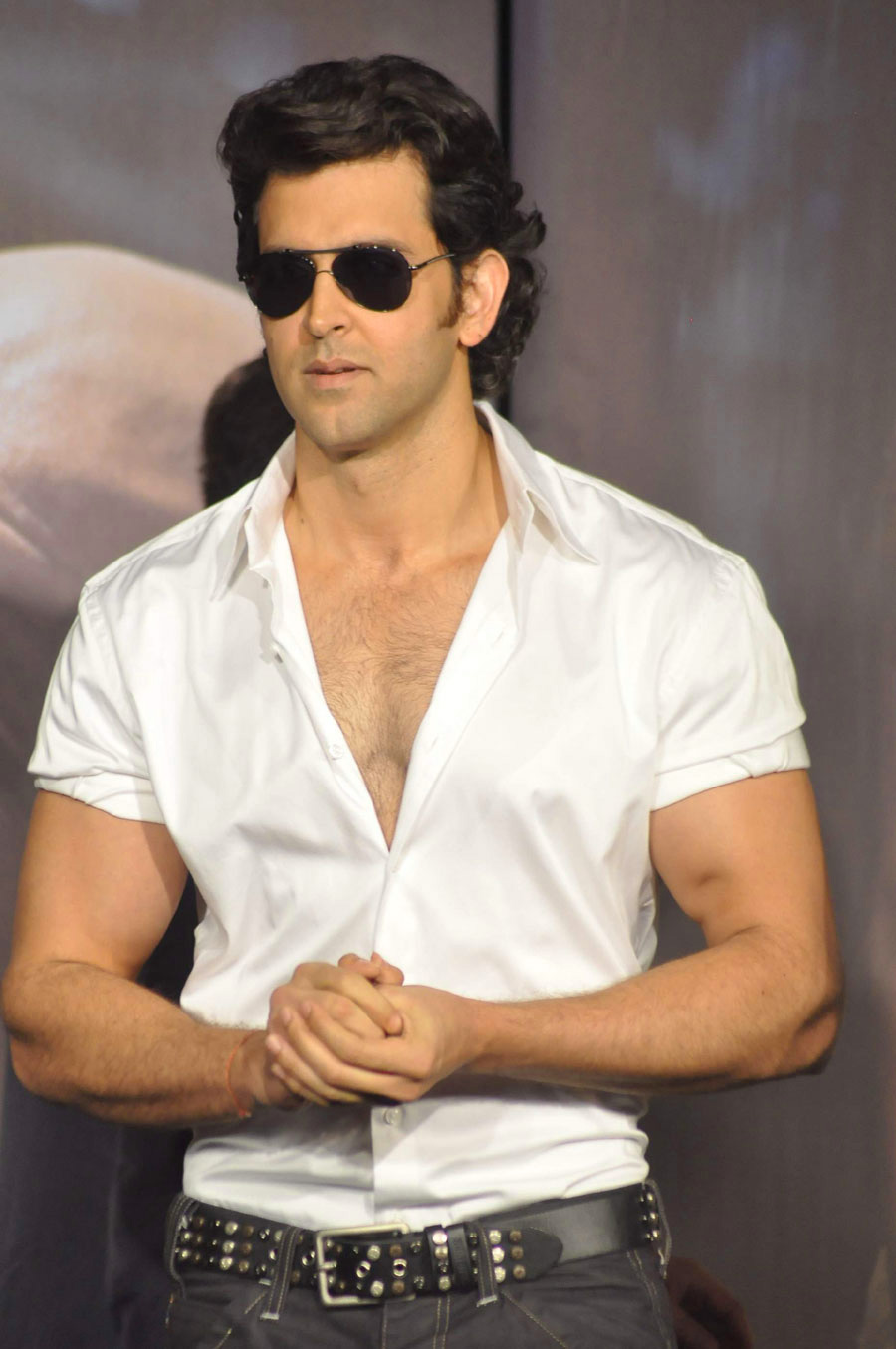HRITHIK ROSHAN PICS FOR WHATSAPP & FACEBOOK