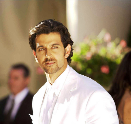 HRITHIK ROSHAN PHOTO WALLPAPER PIC DOWNLOAD