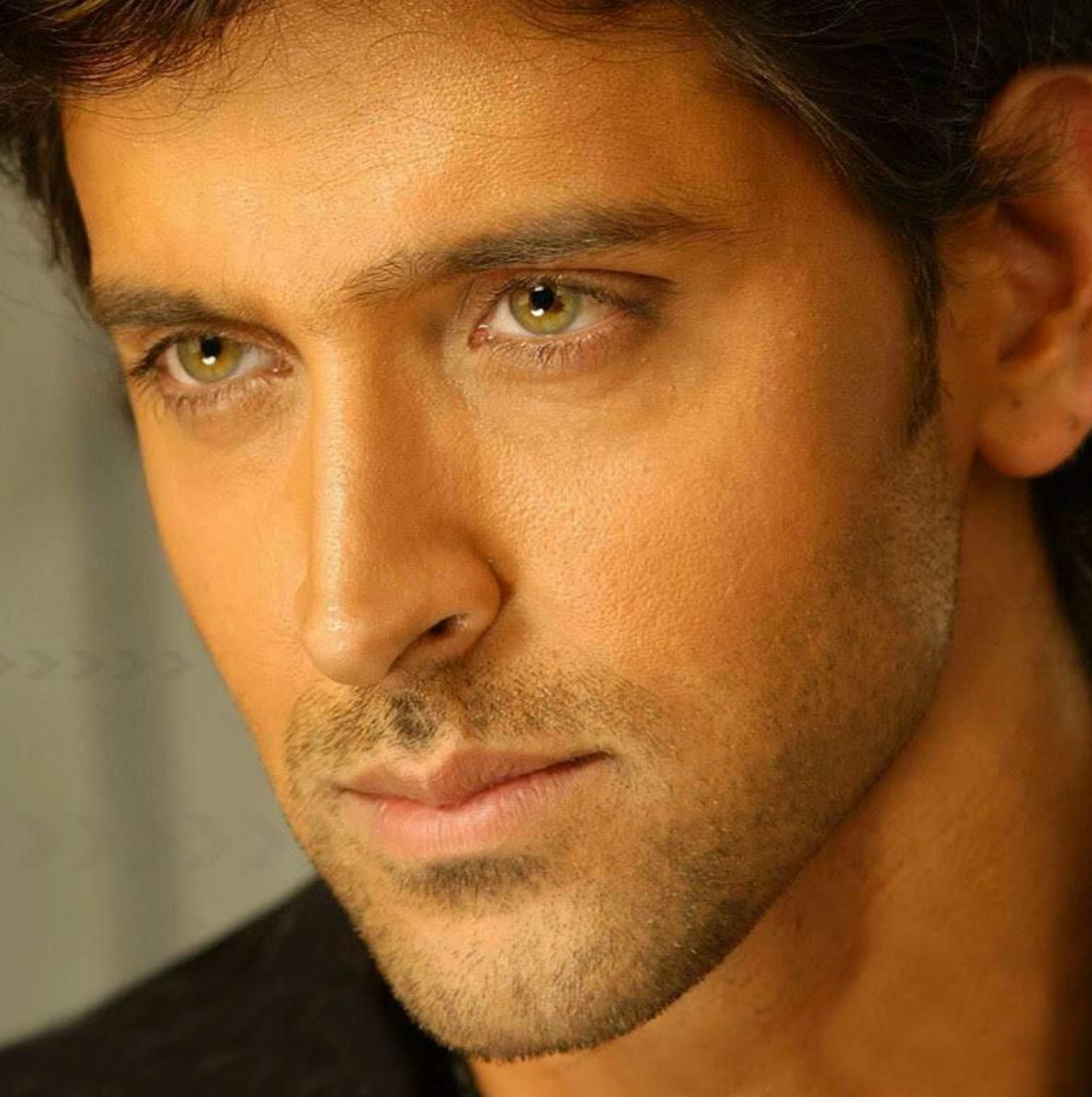 HRITHIK ROSHAN WALLPAPER PICS FOR WHATSAPP