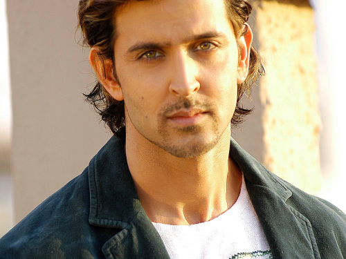 HRITHIK ROSHAN WALLPAPER PIC DOWNLOAD & SHARE