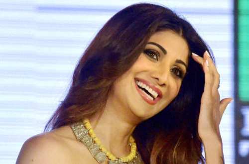 SHILPA SHETTY OLD IMAGES PHOTO PICS DOWNLOAD