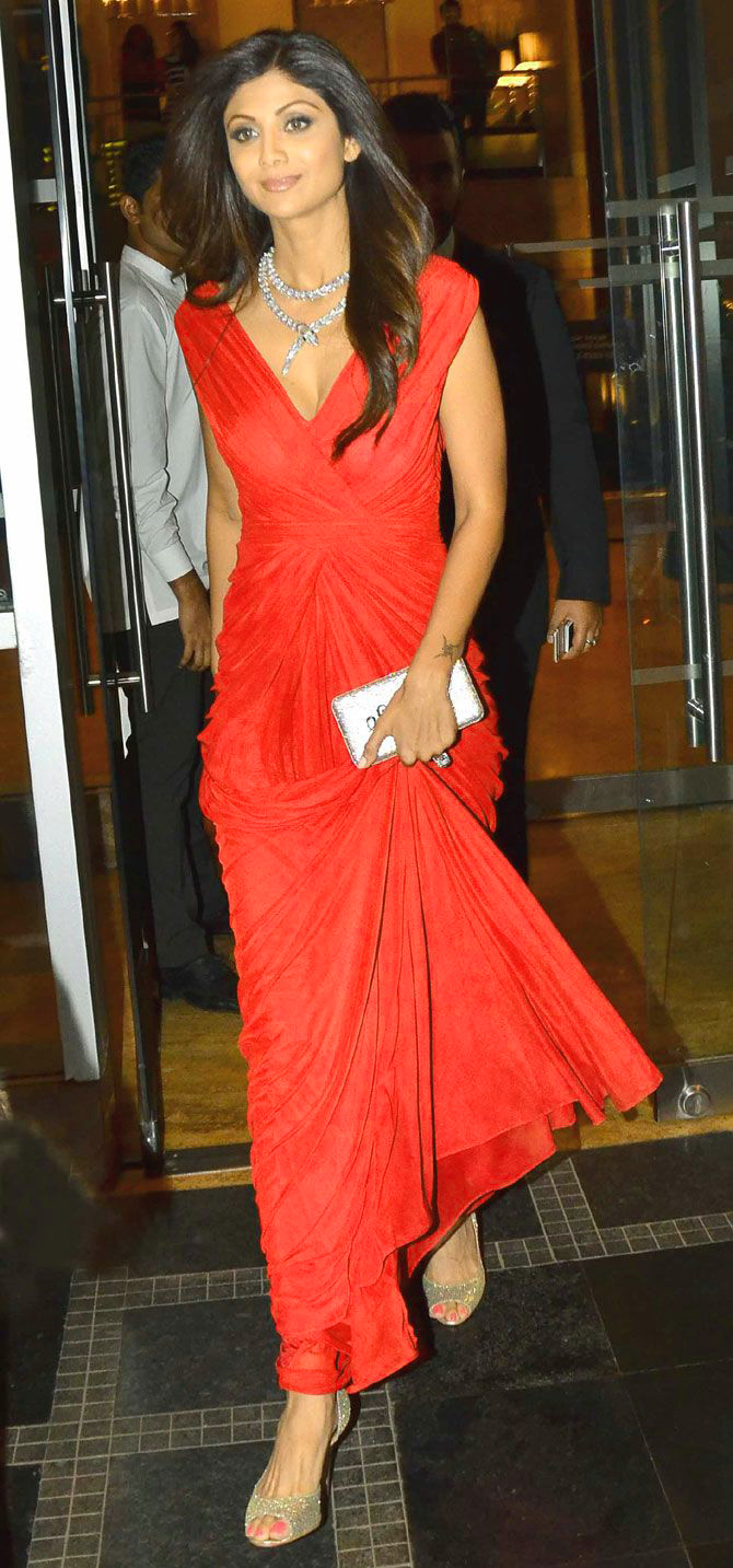 SHILPA SHETTY OLD IMAGES PICS PICTURES FREE HD