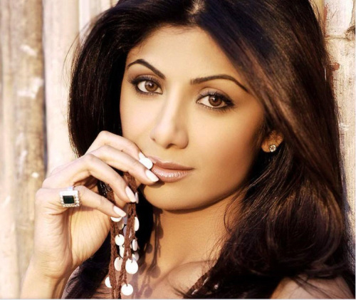 SHILPA SHETTY OLD IMAGES PHOTO WALLPAPER FOR FACEBOOK