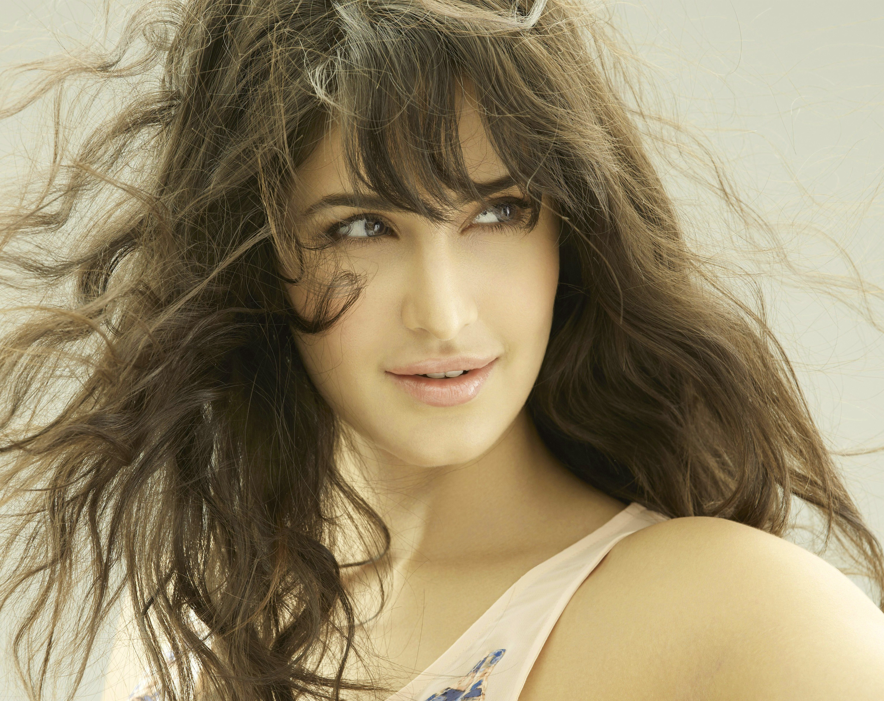 Bollywood Actress images Wallpaper Pics Download