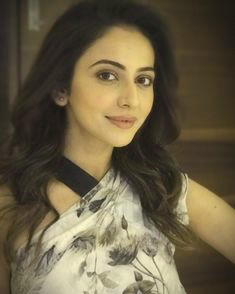 Rakul Preet Singh Photo Pictures Images HD Download