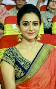 Rakul Preet Singh Photo Wallpaper Pictures Images Download In HD