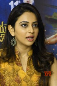 Rakul Preet Singh Photo Wallpaper Pictures Images HD