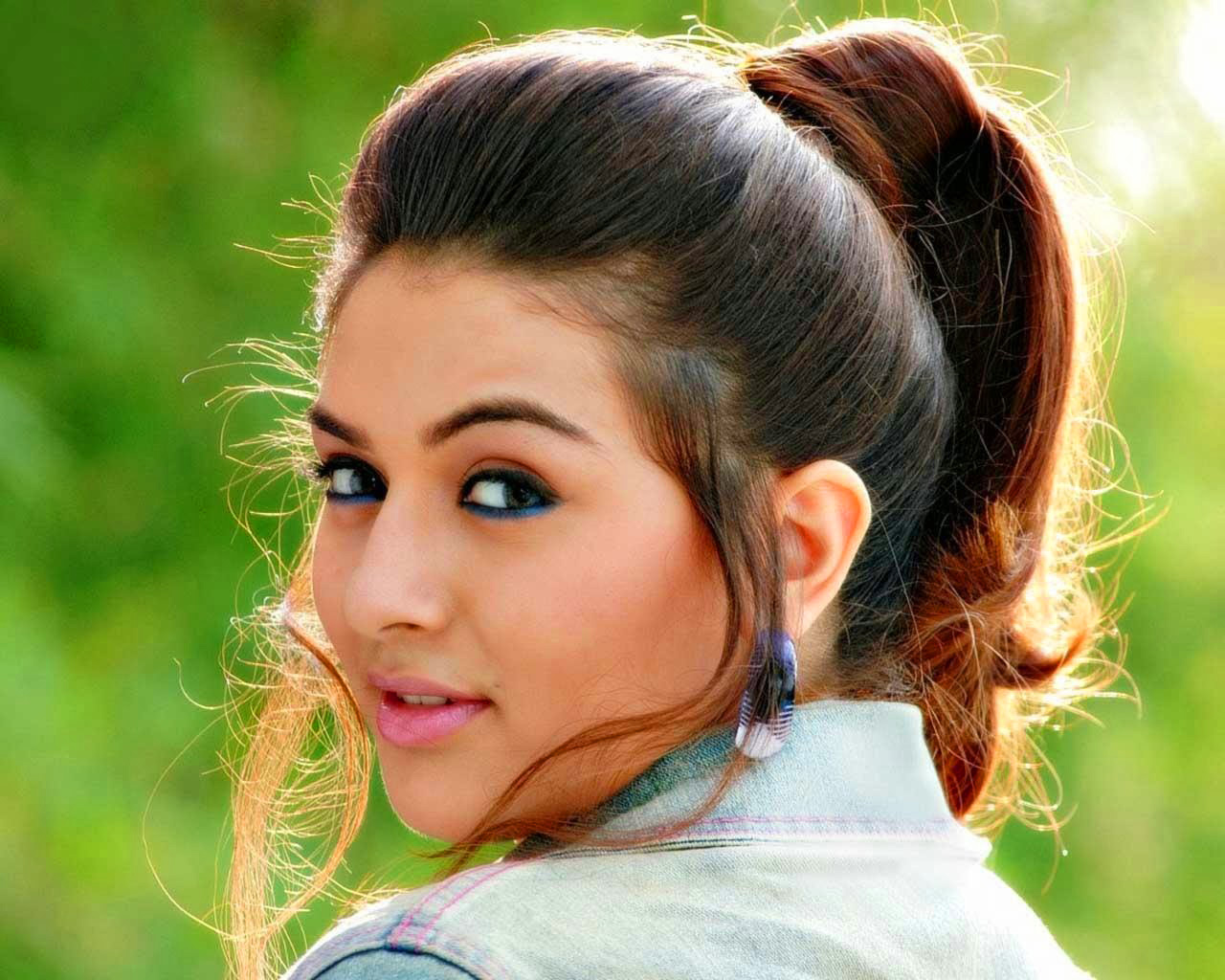 South Actress Wallpaper Pictures Images Download