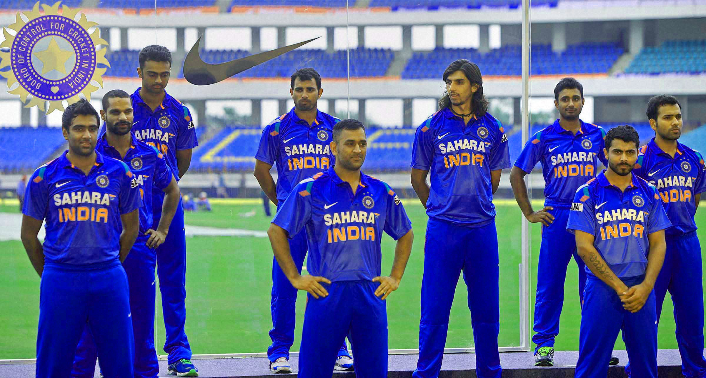 INDIAN CRICKET TEAM PLAYER IMAGES PHOTO PICS FREE