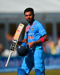 INDIAN CRICKET TEAM PLAYER IMAGES PICTURES FREE DOWNLOAD