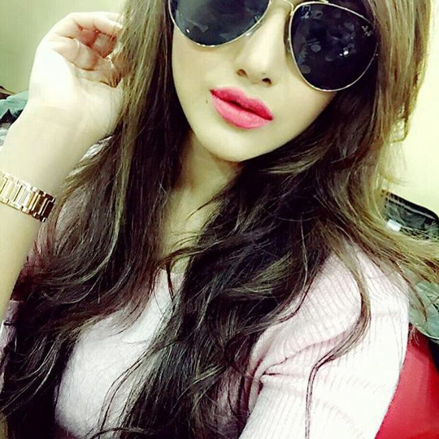 Beautiful Girl Sweet Stylish selfie Images Wallpaper Pictures Pics HD