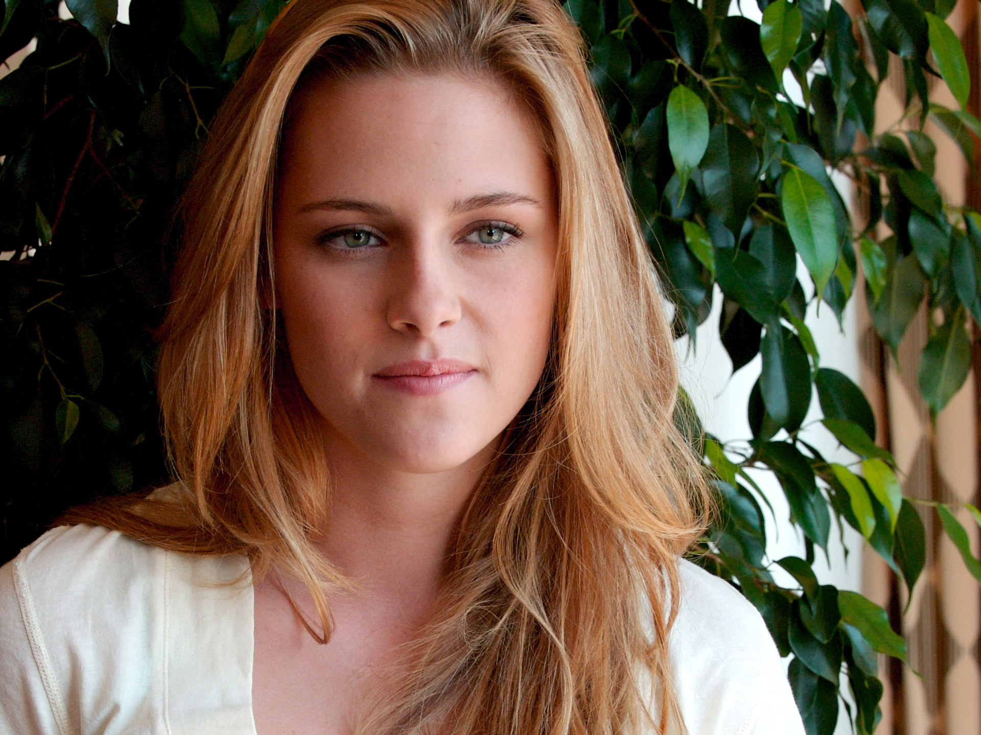 Hollywood Actresses Images Wallpaper Pictures Photo Free HD Download