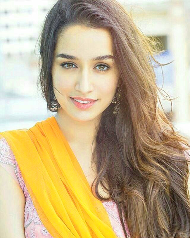 Shradha Kapoor Images Pics Pictures Download