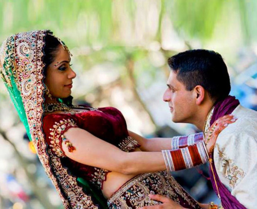 DESI PUNJABI LOVE COUPLE IMAGES PICS PHOTO DOWNLOAD