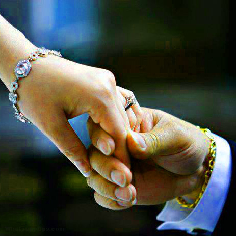 ROMANTIC WHATSAPP DP IMAGES PICTURES PICS FREE DOWNLOAD