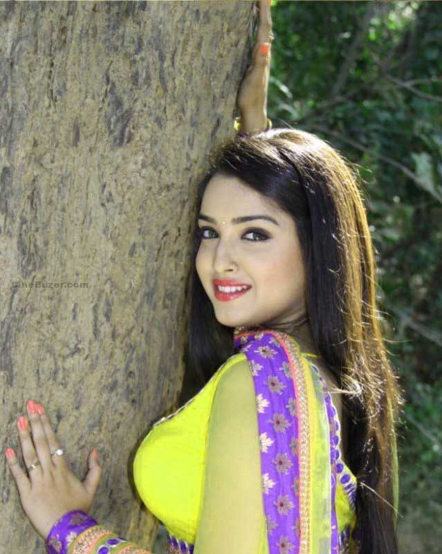 BHOJPURI ACTRESS AMRAPALI DUBEY IMAGES WALLPAPER PHOTO HD DOWNLOAD