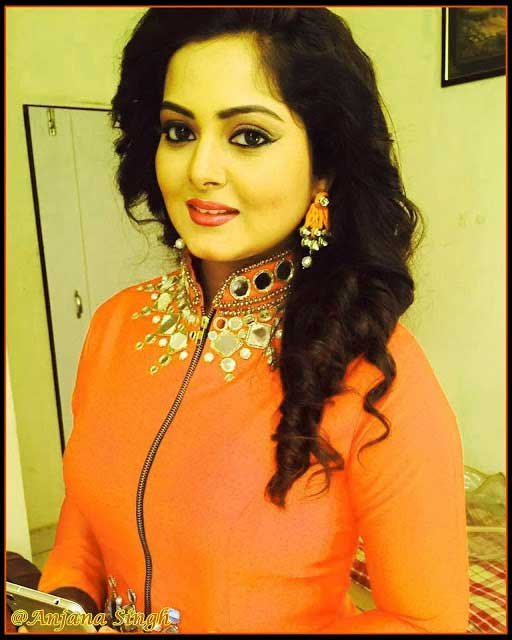 ANJANA SINGH IMAGES PICS PICTURES FREE DOWNLOAD