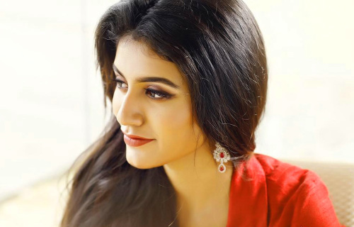 BEAUTIFUL HEROINE / ACTRESS IMAGES WALLPAPER PIC FREE FOR FACEBOOK